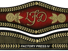 La Flor Dominicana Factory Press IV, Flat press Toro