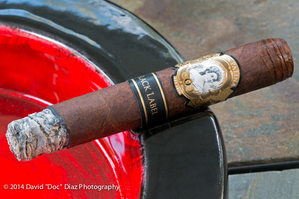 La Palina Black Label Robusto