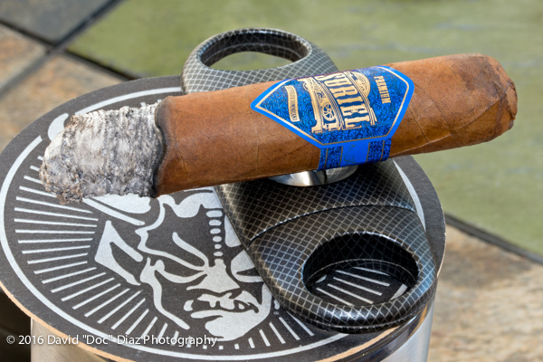 Suriel Robusto Day & Night